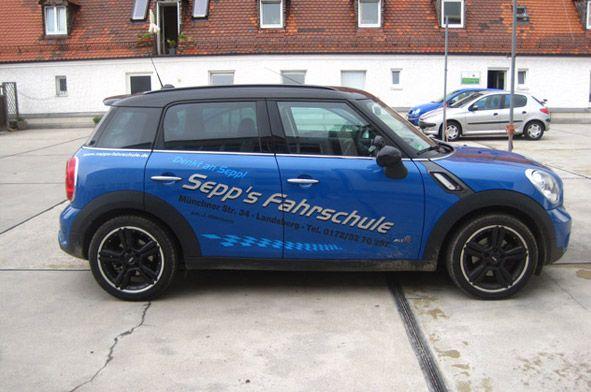 MINI Cooper Countryman (Führerscheinklasse B) - Sepp's Fahrschule